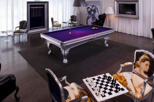 Icon Brickell Billiard Room