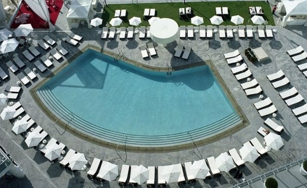 Mondrian South Beach bayfront pool