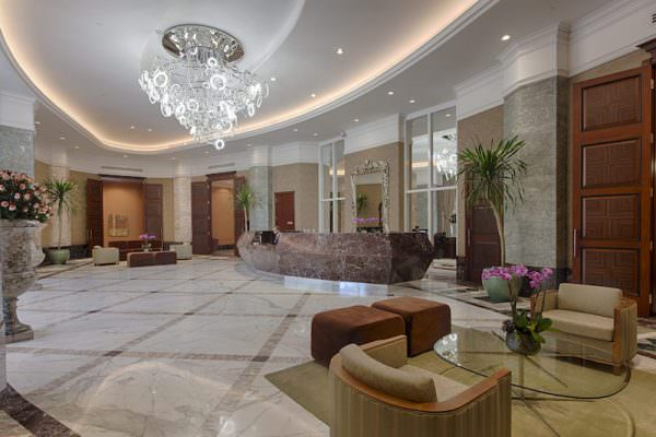 Bellini Williams Island lobby
