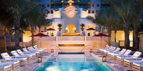 Mansions Acqualina Pool 4