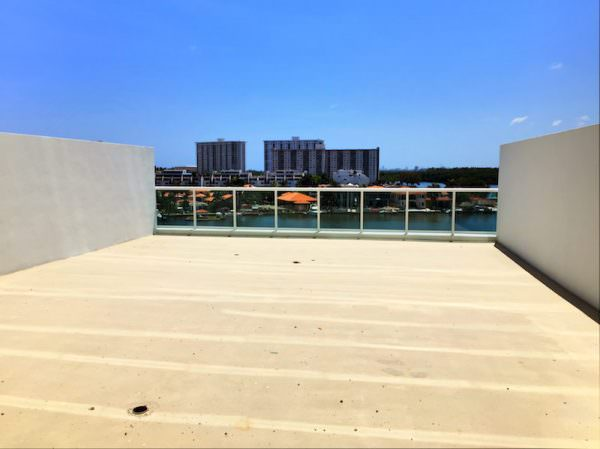 Sunny Isles Rooftop Terrace 2