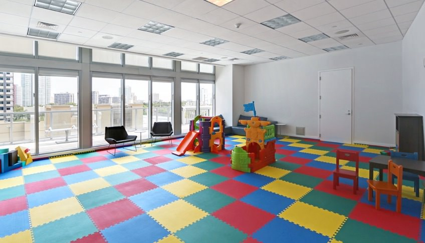 axis-brickell-kids-room