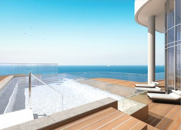 4,523 sq. ft (420 m²) of Terrace