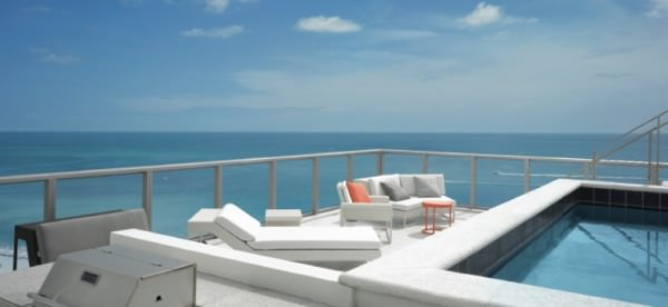W South Beach Pool Rooftop