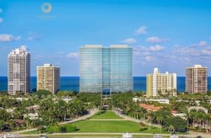 Oceana Bal Harbour Building