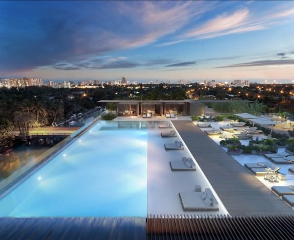 Ritz Carlton Residences Miami Beach Pool