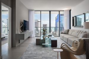 Rise Brickell City Centre Living 1
