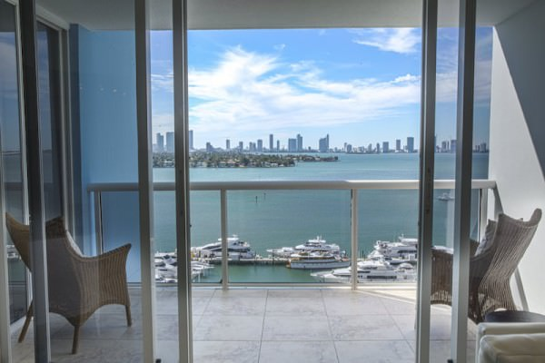 1508 Living View