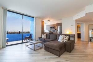 Waverly Miami Beach Living Kitchen 2
