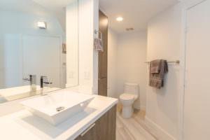 Waverly Miami Beach Maste Bath 2