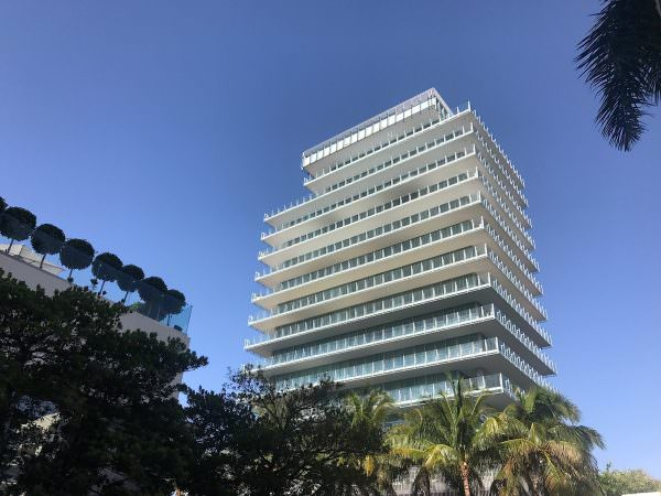 Glass Miami Beach Building 2