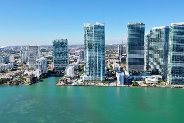 Biscayne Beach Building 1
