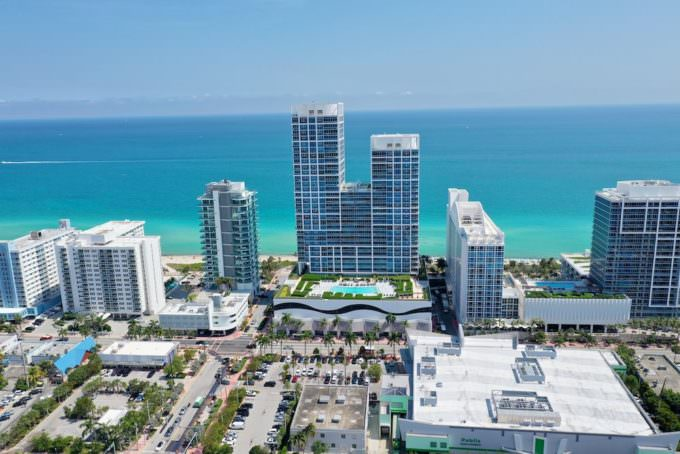 Carillon Miami Beach Building Aerial 2