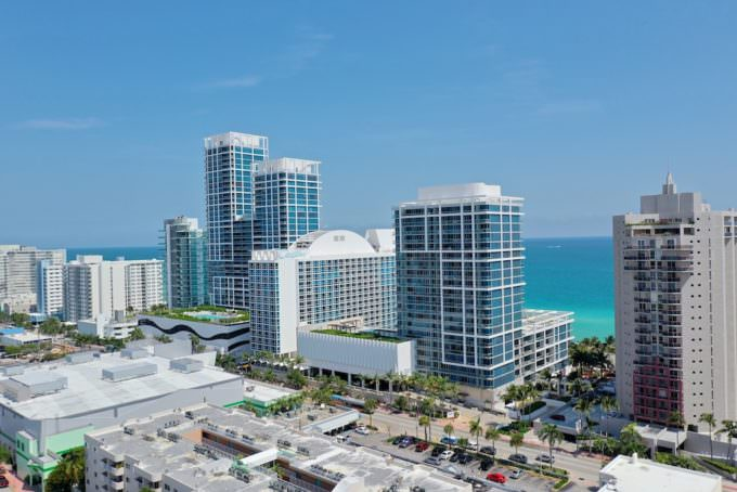 Carillon Miami Beach Building west