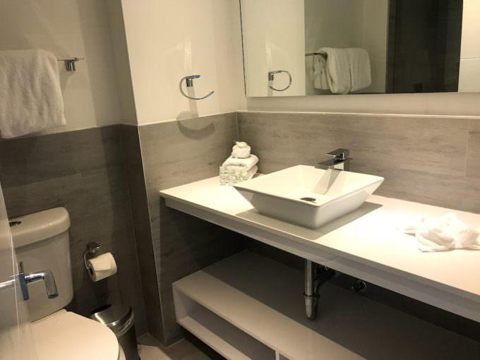 Fortune House Bathroom
