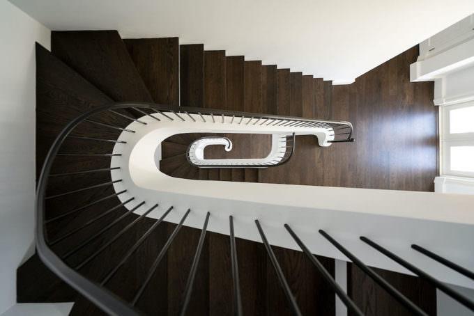 BR Unit 1 Stairway