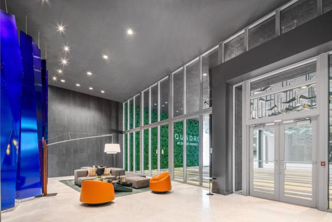 Quadro Miami Lobby